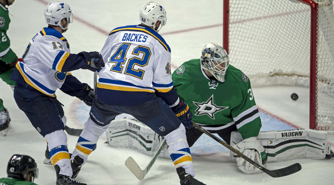 St. Louis ties up Dallas