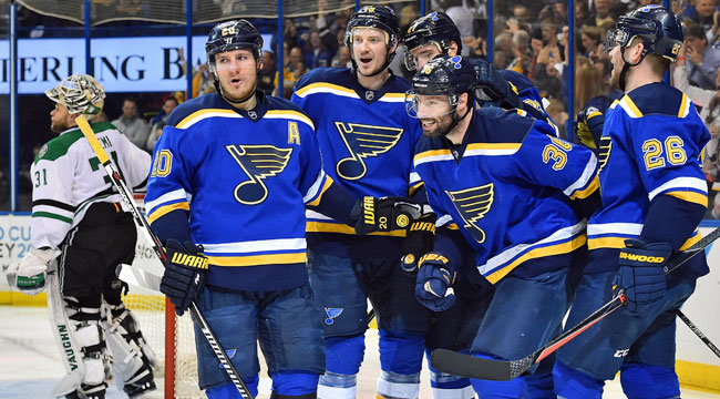 Blues crush Stars in Game 3