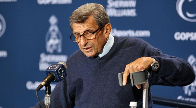 Joe Paterno is quoted as saying 'I'm not omniscient' in the aftermath of the Sandusky scandal. (US Presswire)
