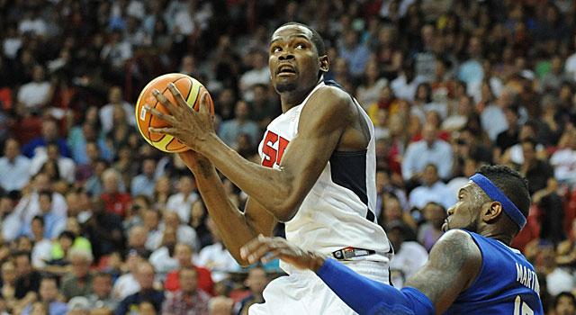 Kevin Durant tallies 24 points and 10 rebounds in 22 minutes in Team USA's blowout victory. (Getty Images)