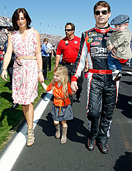 Jeff Gordon makes race day a time with the family as well. (Getty Images)
