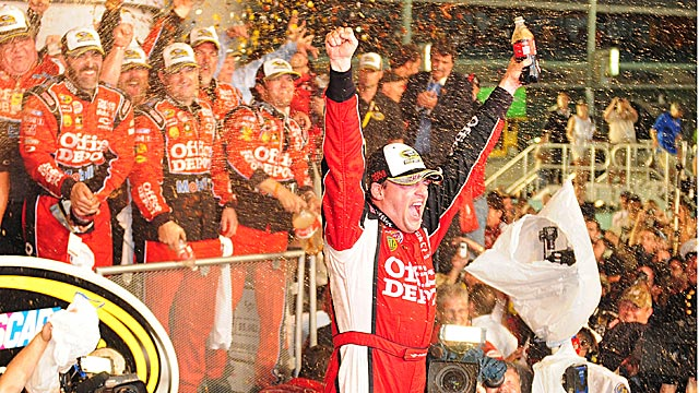 Will Stewart defend his title or will NASCAR crown a new Sprint Cup champ in 2012? (US Presswire)