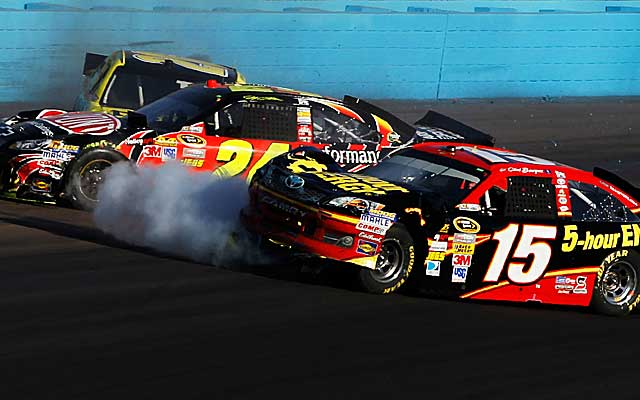 Jeff Gordon and Clint Bowyer's battle on the track spilled over into the pits. (Getty Images)