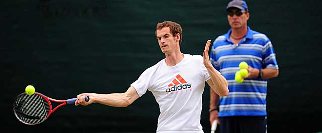 Murray, here at practice with coach Ivan Lendl, will meet Roger Federer in Sunday's final. (AP)