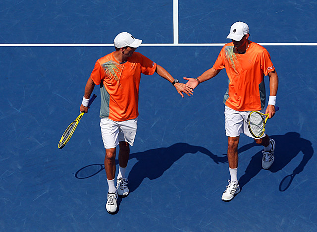 Stuck at 11 major titles since 2011's Wimbledon, Bob and Mike Bryan finally break the record. (Getty Images)