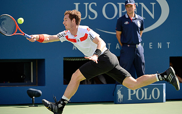 Defending champion Andy Murray is defeated by Stanislas Wawrinka in the US Open quarterfinals. (USATSI)