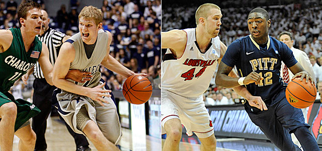 Xavier's Brad Redford (left) and Pitt's Ashton Gibbs search for opportunities at Nos. 2 and 3. (US Presswire)